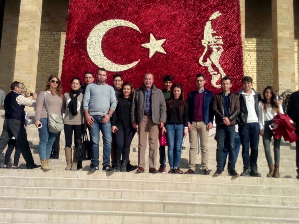 Ürgüp CHP Gençlik Kolları Anıtkabire