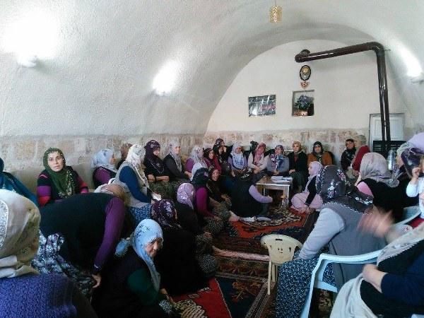 Ak Kadınların Referandum Çalışmaları Takdir
