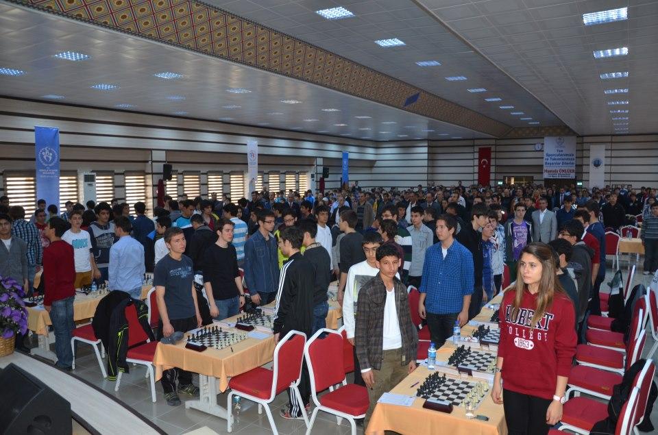 30 Mart -2 Nisanda Ürgüpte Satranç Sporcuları Bir Araya