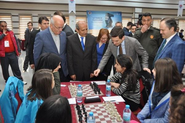 Satranç grup birinciliği müsabakaları Ürgüpte