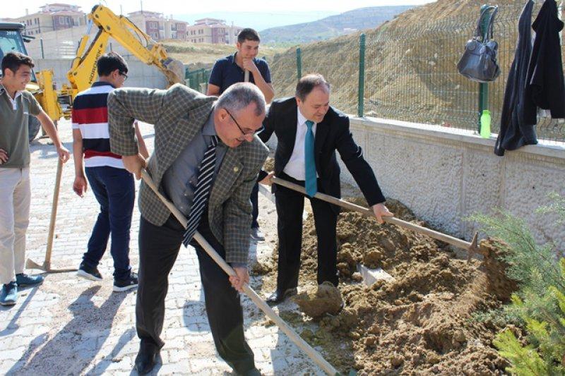 Şehit Polis Fevzi Başaran Ortaokulu