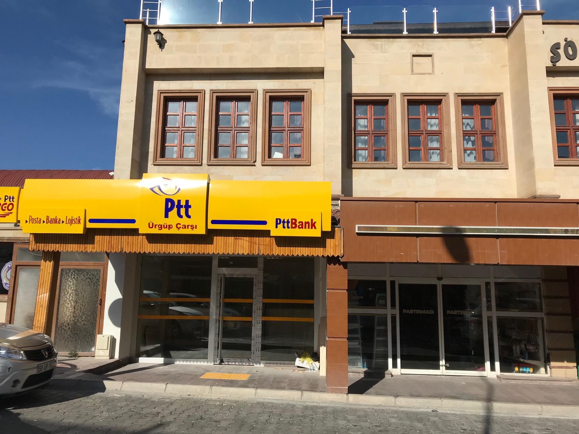 İstiklal Caddesine PTT Şubesi