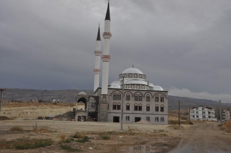 Osmanlı Cami Yardımlarınızla Yükseliyor