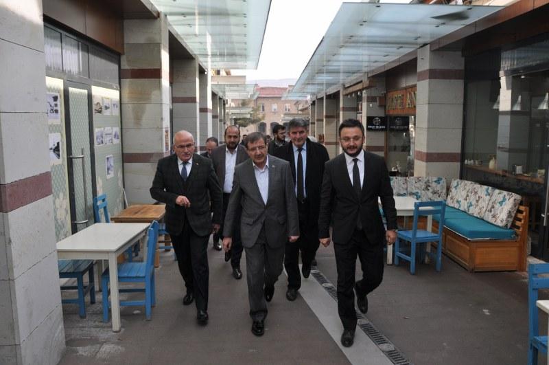 Ak Parti Başkan Yardımcısı İlyas Şeker