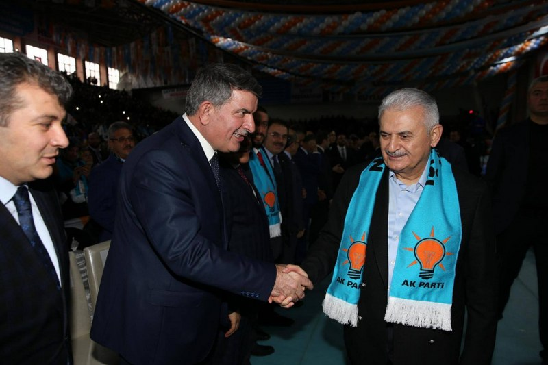 Başkan Ali Özer'de Durmak Yok Yola Devam