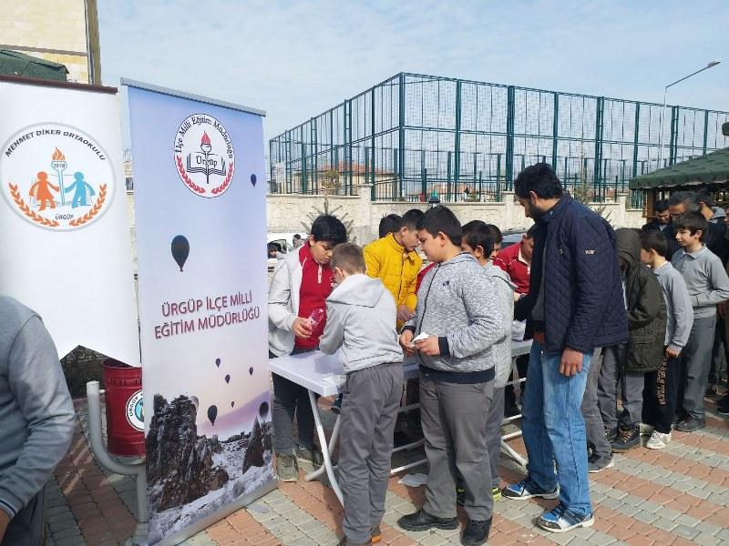 Mehmet Diker Orta Okulu Öğretmene Saygı Temasını İşledi