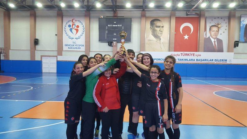 4 Yıldır Futsalda İl Birincisi Takım Ürgüp'ten