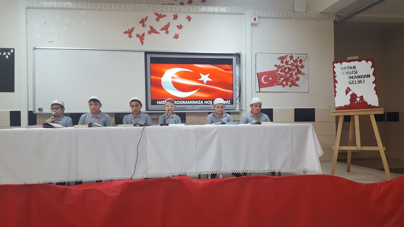 Öğrencilerden Afrin Şehitleri İçin Hatim
