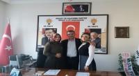 Yeni dönemde Partinin ilk üyeleri Özer'in kızları oldu