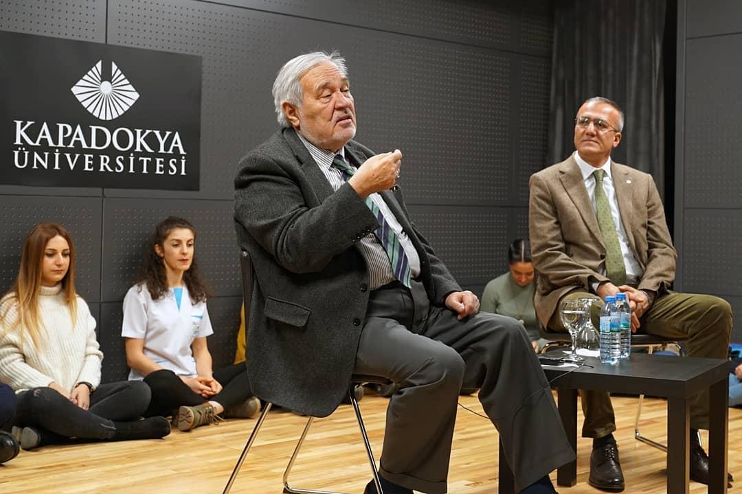 İlber Ortaylı Mustafapaşa'da Konferans Verdi