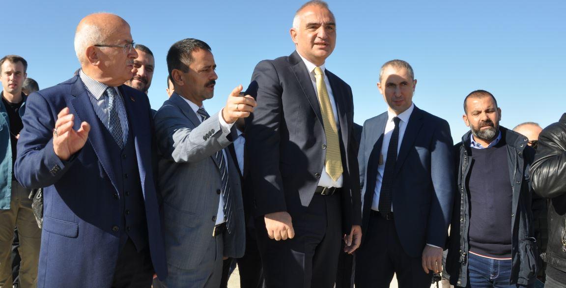 Kültür ve Turizm Bakanı Mehmet Nuri Ersoy Ürgüp'te