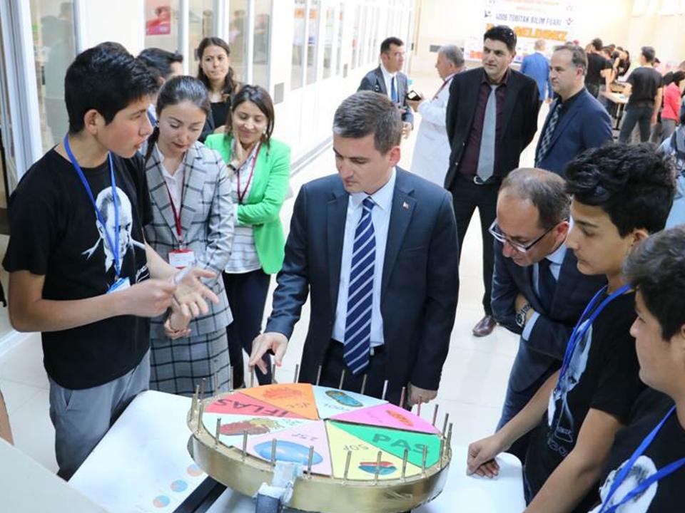 Ürgüp'te Tübitak Bilim Fuarı açıldı