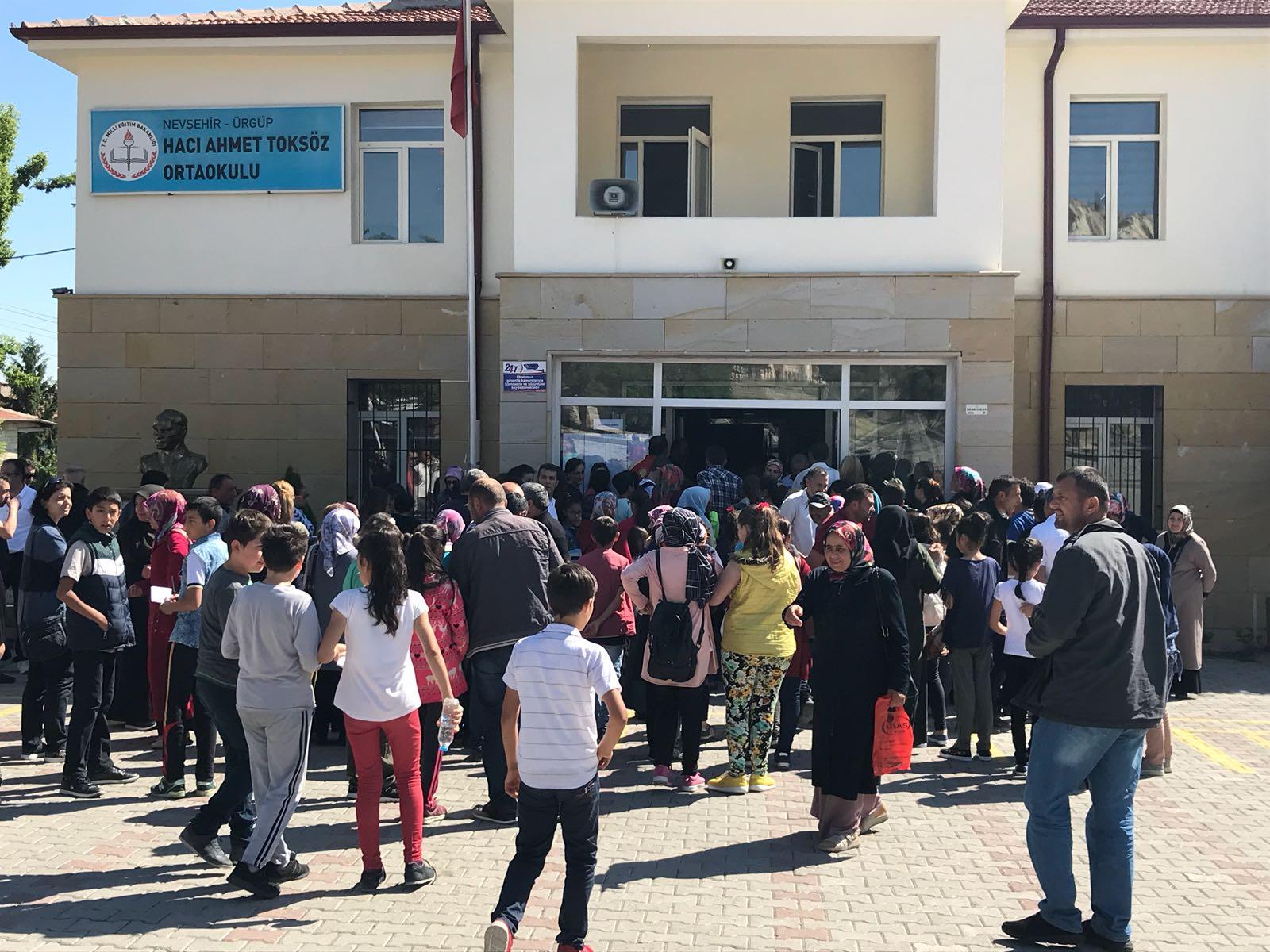 Hacı Ahmet Toksöz Orta Okulunda Bursluluk Sınavı Yapıldı