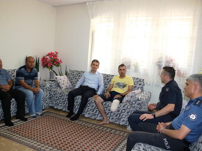 Kaymakam Maraşlı Afrin Gazisini Ziyaret etti