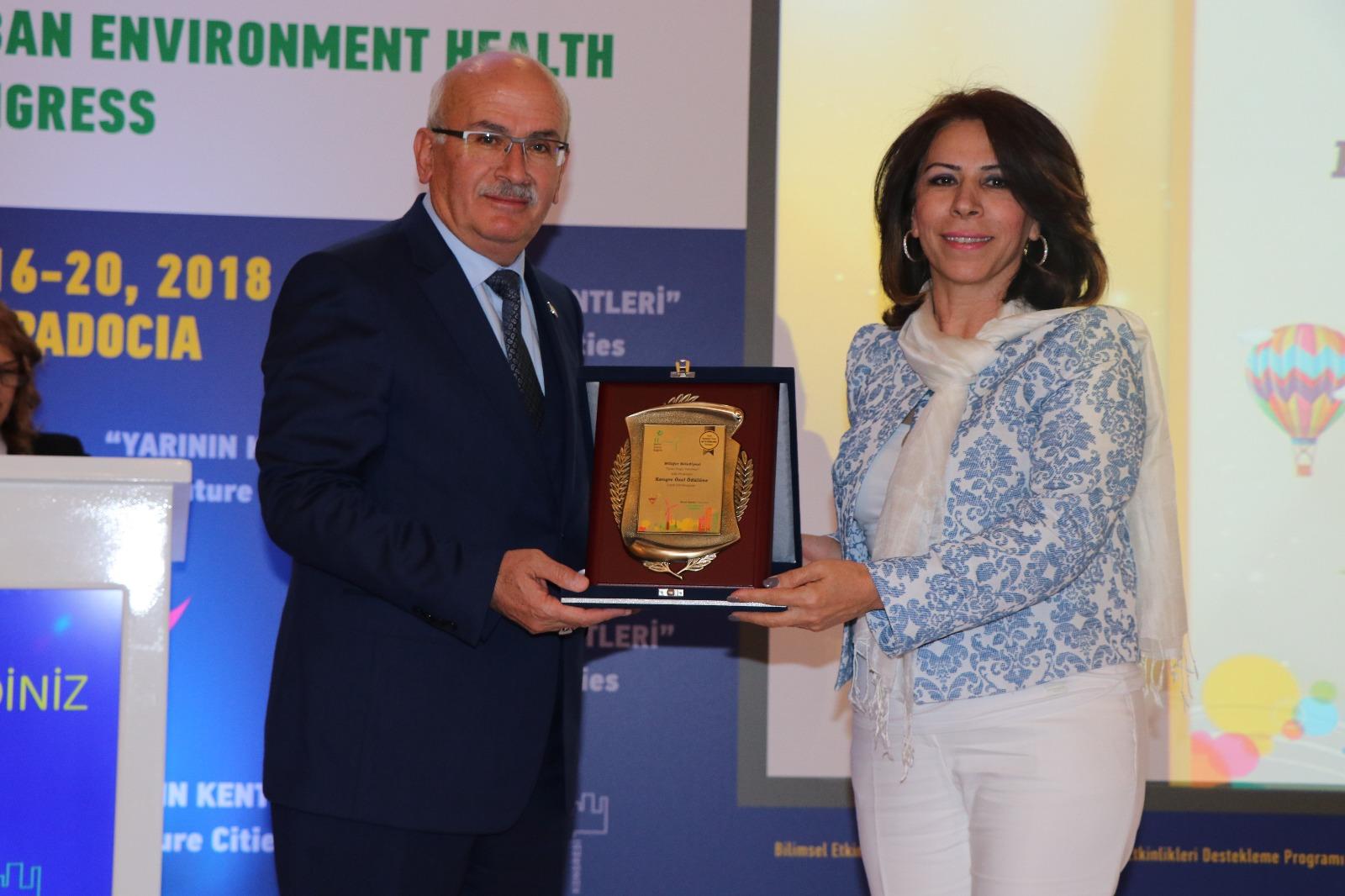 Ürgüp Belediyesi Kongre Özel Ödülü Aldı