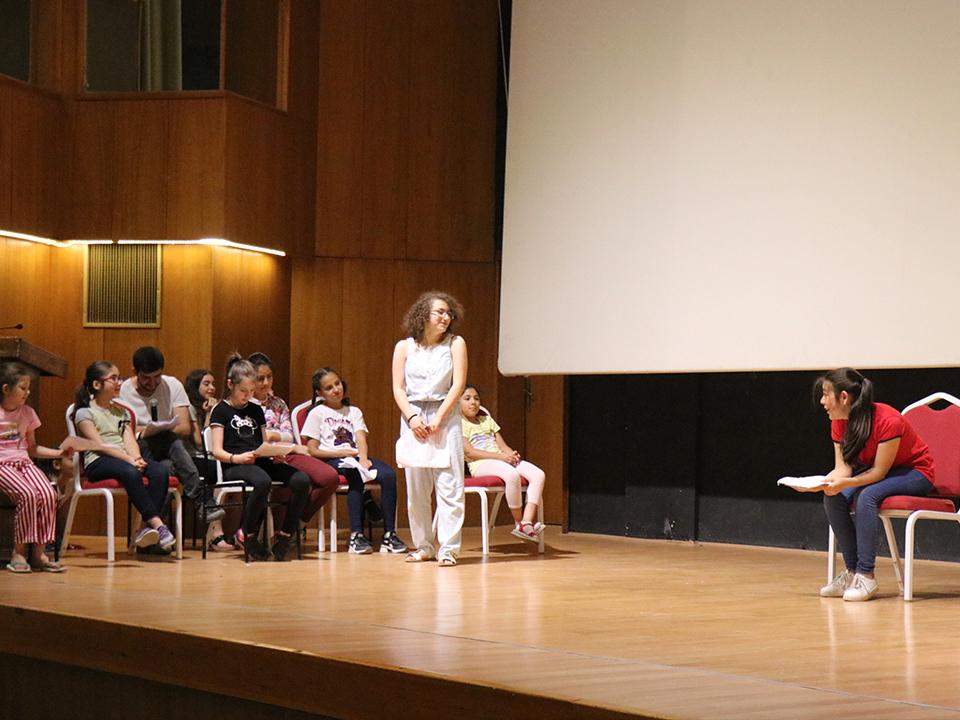 Belediye tarafından açılan temel tiyatro kursu devam ediyor
