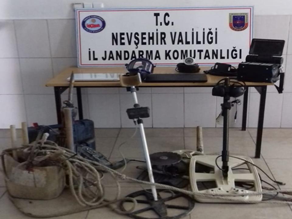 Ürgüp Sit Alanında Kaçak Kazıya Operasyon: 5 Gözaltı