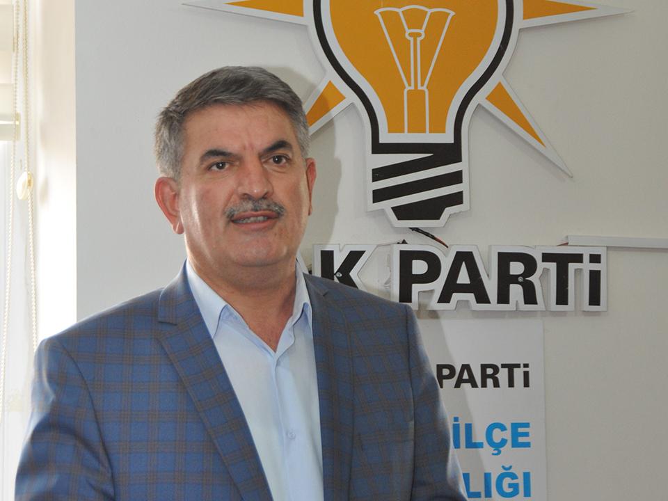 Ak Parti İlçe Başkanı Ali Özer'in Regaip Kandili Mesajı