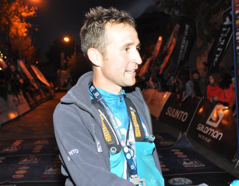 İtalyan Andrea Macchi 11 saatte 119 km koşarak birinci oldu